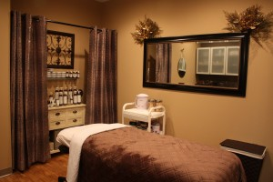 Facial, eyelash extensions, novalash, waxing, hair removal, apple valley spa